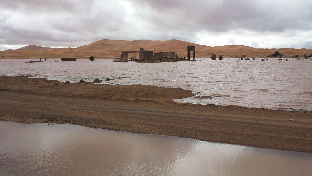 """LLuvias en """"La cabeza de las dunas: Erg Chebbi,"""""""